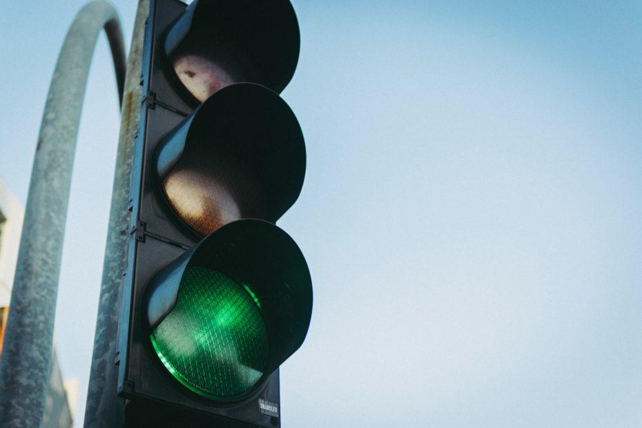 Monitoring wjazdu na czerwonym świetle