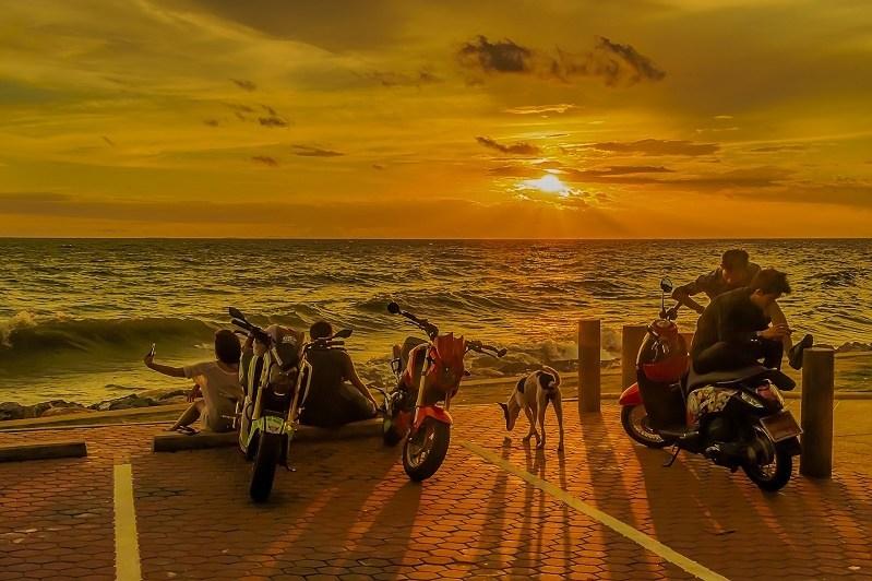 sunset-2020924_1920